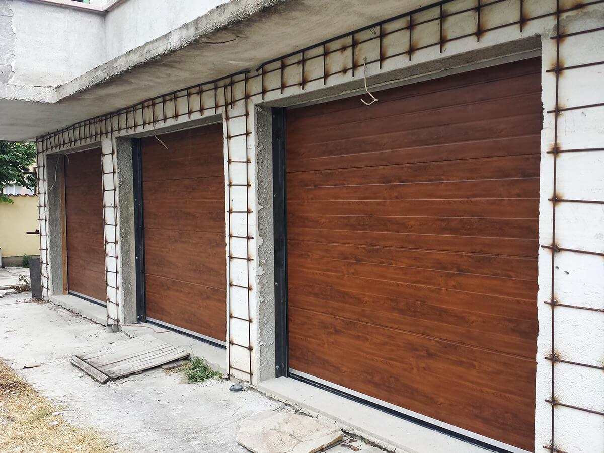 """Стара Загора - Гаражни секционни врати в дървесен цвят """"златен дъб""""_003"""