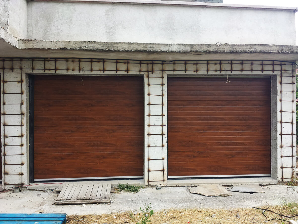 """Стара Загора - Гаражни секционни врати в дървесен цвят """"златен дъб""""_004"""