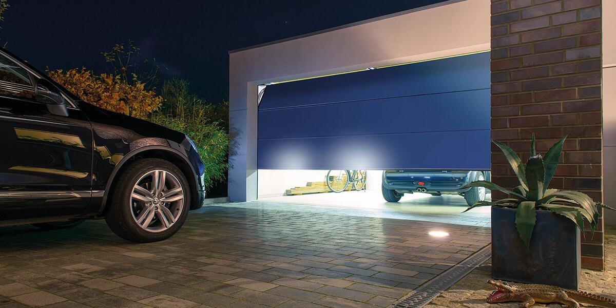 Врата за всеки – да пишеш за гаражни и индустриални секционни врати - 001