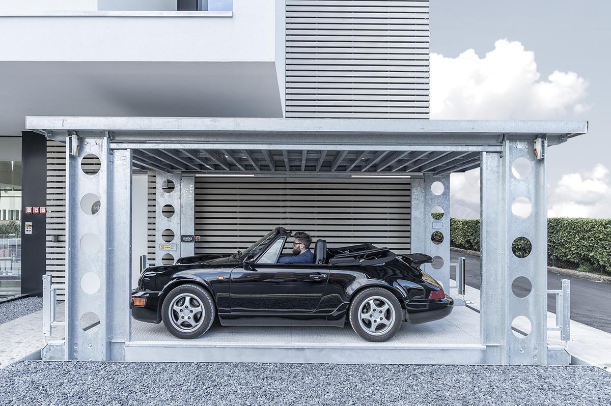 Модерен поглед върху гаражната врата - idealpark-01