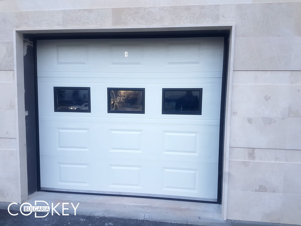 Секционна гаражна врата в град София_004