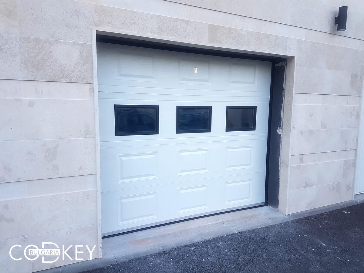 Секционна гаражна врата в град София_005