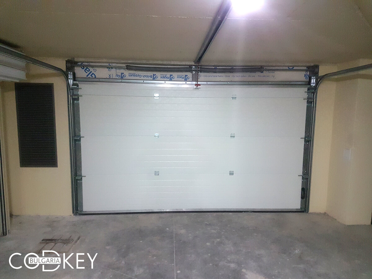 Вратa на подземен гараж в град Стара Загора_004
