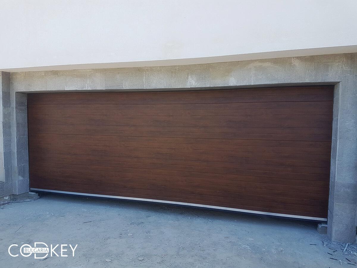 Гаражни врати на подземни гаражи в новострояща се кооперация в град София_001