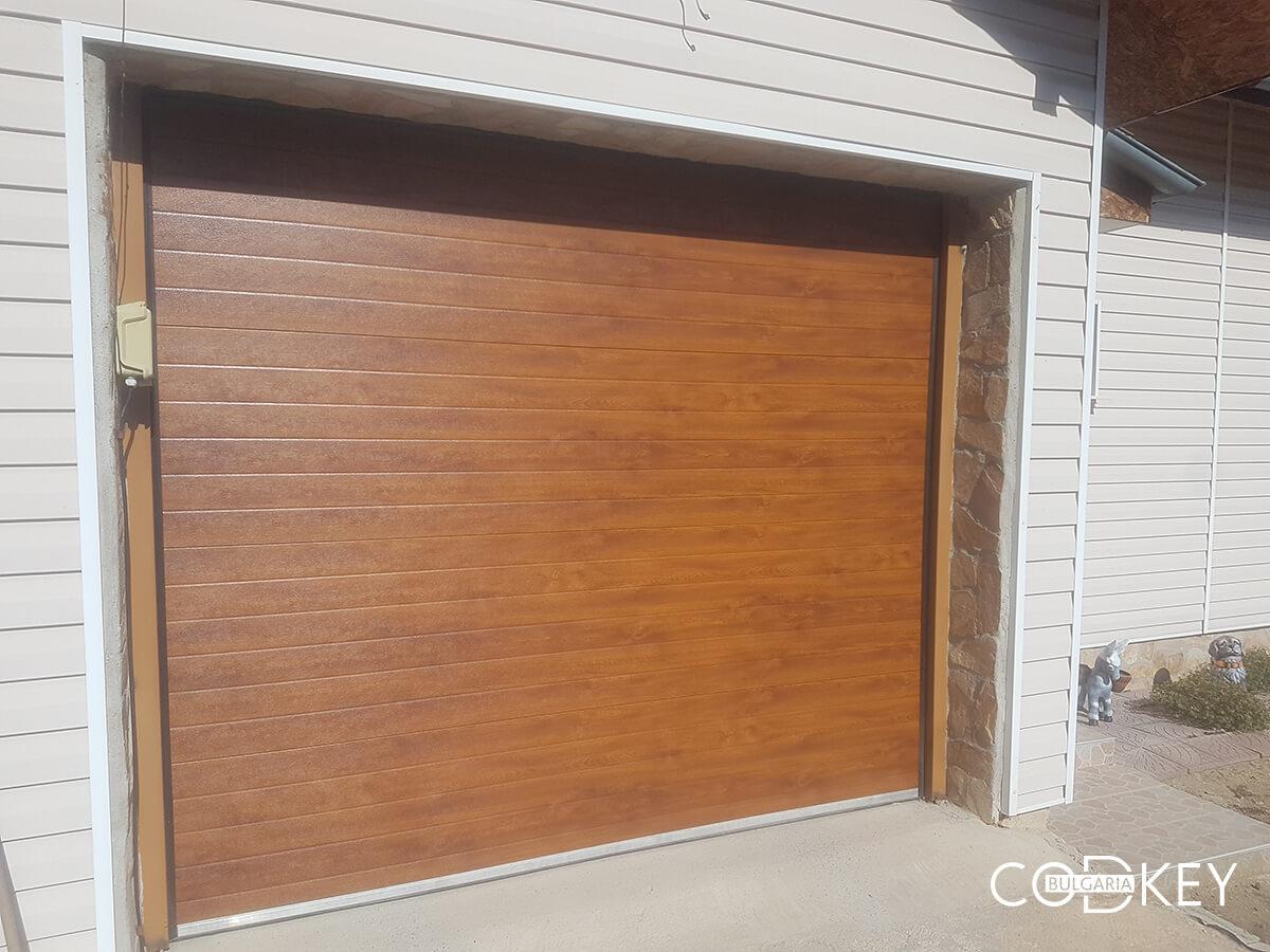 Секционна гаражна врата в град Банкя_005